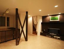 ワンちゃんと一緒に暮らしやすいよう、ペットコーナーの新設し、手入れのしやすい床材に変更しました。