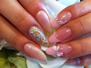n luxury nail